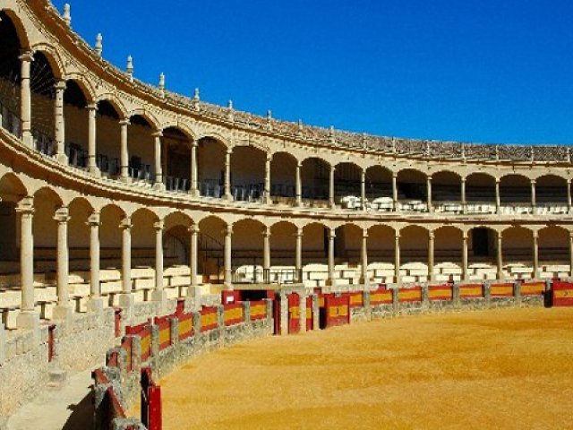 Memorable Gifts and Activities in Southern Spain